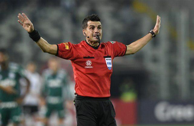 Andrés Cunha será el árbitro del partido entre Zulia y Colón