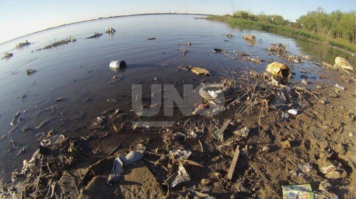 En solo tres horas, se removieron más de 500 kg de basura en la laguna Setúbal