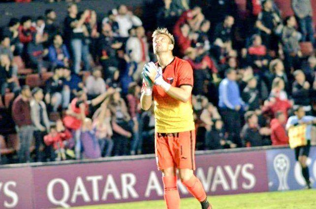 Burián, quien es clave para Domínguez, continuará en Colón hasta el 30 de junio de 2021.
