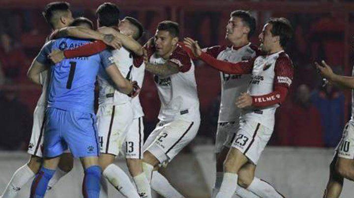 Colón llegó a los 4º de final de la Sudamericana con estos goles