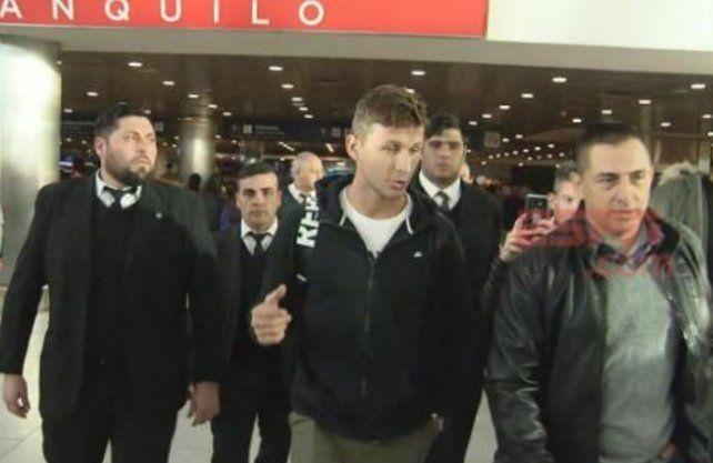 Franco Soldano llegó al país para sumarse a Boca