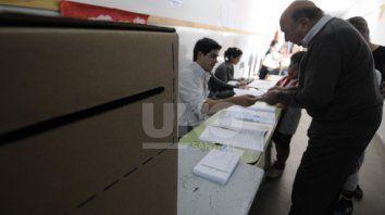 Este domingo hay más de 2,7 millones de santafesinos habilitados para votar.
