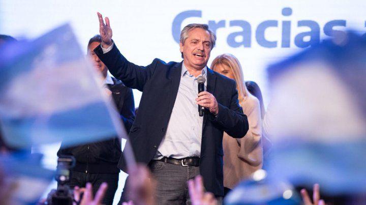 Arrasó Alberto Fernández: ganó por 15 puntos a nivel nacional y por 10 en la provincia