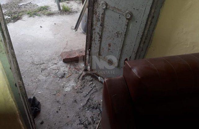 Los destrozos provocados en la vecinal.