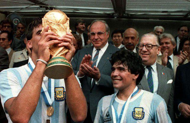 Supiste cuánto pesa la Copa del mundo