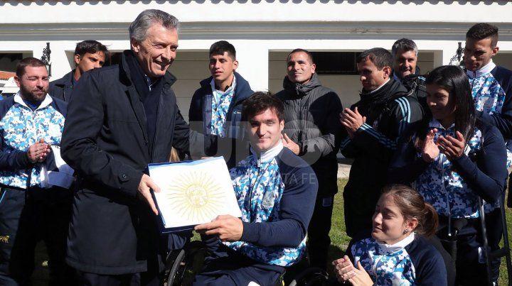 Macri despidió a la delegación que viaja a Perú