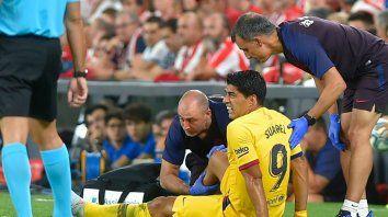 suarez se sumo a messi en la lista de lesionados de barcelona