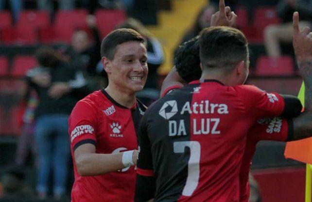 Zuqui se ilusiona en Colón: Santa Fe está contenta por el pase a las semifinales