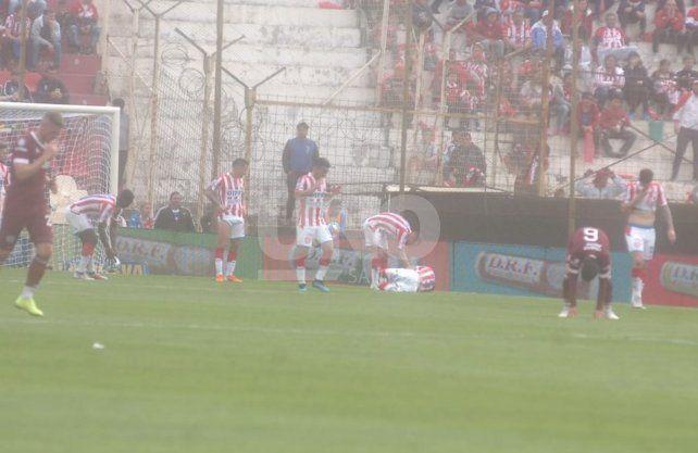 Unión profundizó su bajón con una derrota ante Lanús en el 15 de Abril