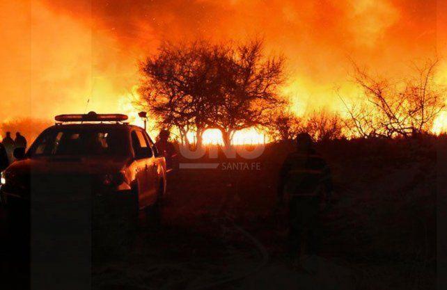 Imagen de Marcelo Barca en los incendios forestales de Córdoba.