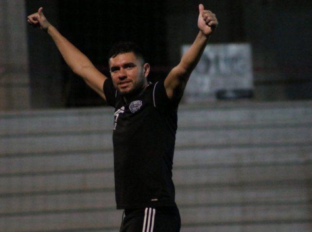 Jorge Ortega está en Santa Fe para firmar su contrato en Colón