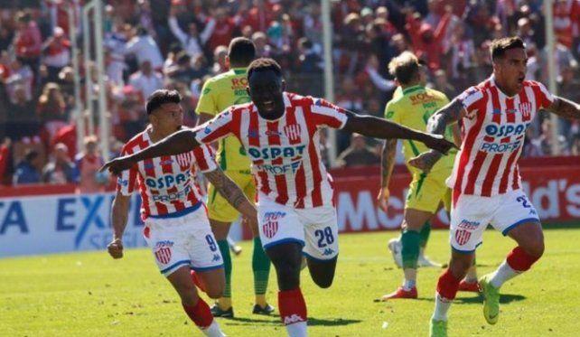 Unión y el reino del réves: un defensor hizo más goles que cuatro delanteros