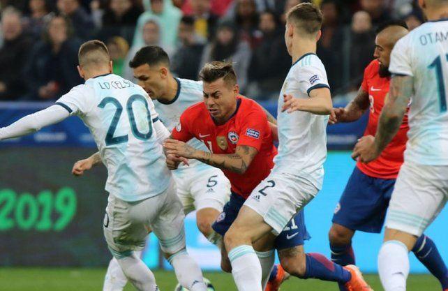 Argentina se prueba con Chile en el primer amistoso post Copa América