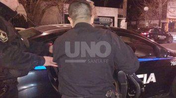 In fraganti: la policía lo interceptó llevando el botín en una sábana