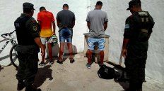 santa fe: cayeron 18 narcos con 300 kilos de marihuana