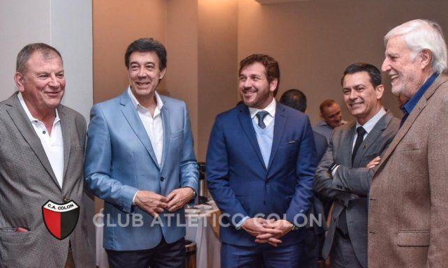 Los dirigentes de Colón participaron de una reunión en Conmebol