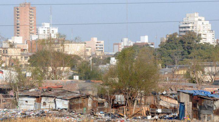 Estiman que la pobreza llegó al 35 por ciento en el país