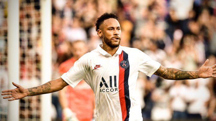 Neymar tapó insultos con un golazo de chilena