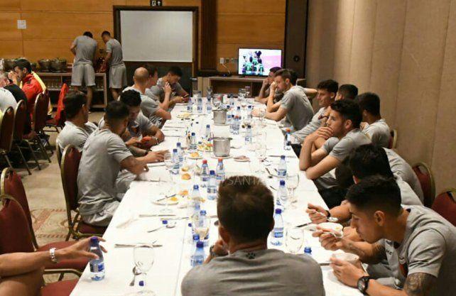 Estos son los 23 jugadores que viajan a buscar el primer título para Colón