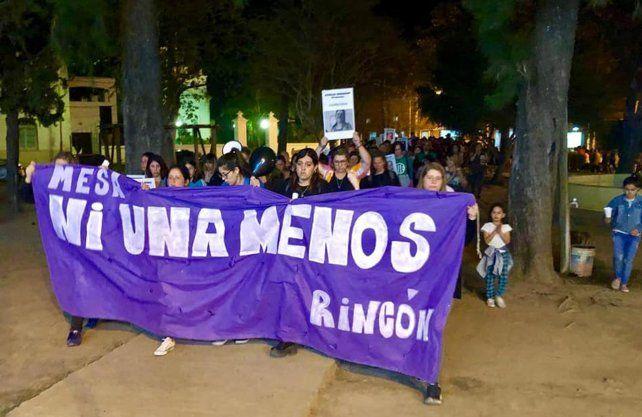Rincón marchó por justicia por el femicidio de Cecilia