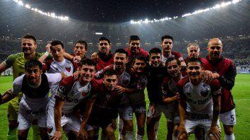 los millones que se aseguro colon por hacer historia en la copa sudamericana