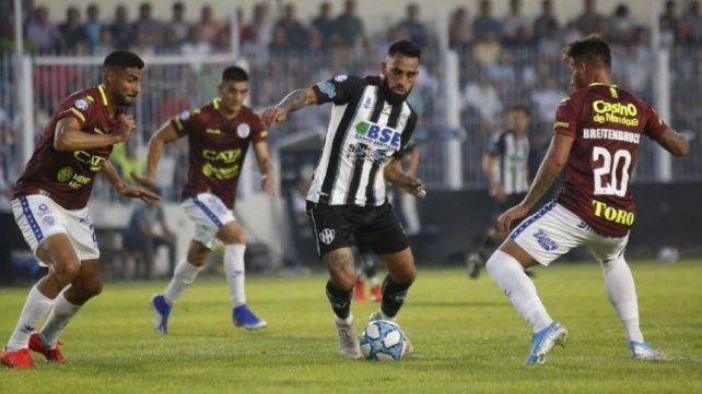 Central Córdoba sumó tres puntos de oro ante Godoy Cruz