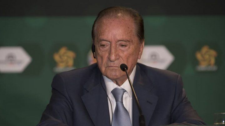 La FIFA suspendió de por vida a Eugenio Figueredo