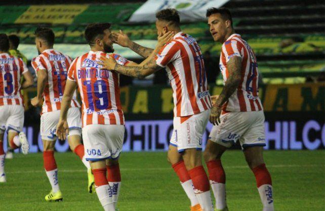 El gol de Brian Blasi para Unión, candidato al Mejor de la 8ª fecha de la Superliga