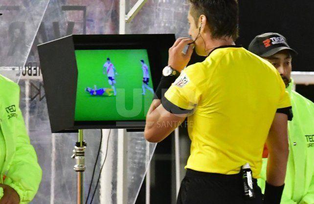 Conmebol dio a conocer el audio del VAR en River-Boca