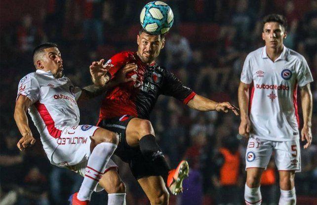Colón, uno de los que más intercepta en la Superliga