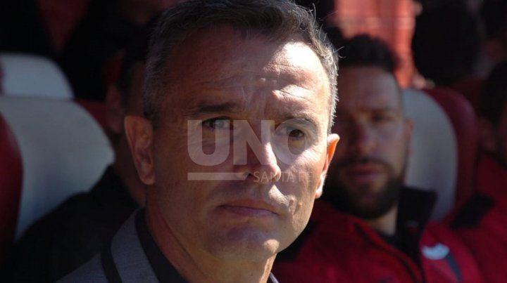 Lavallén: Pagamos caro jugar tres competencias