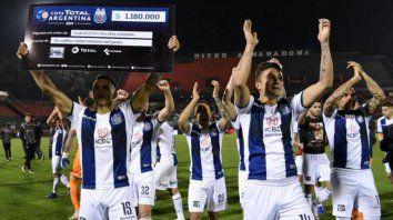 talleres y almagro definen el rival de river en copa argentina
