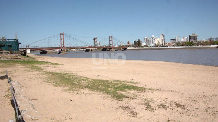 El río Paraná alcanzó el nivel más bajo de la última década