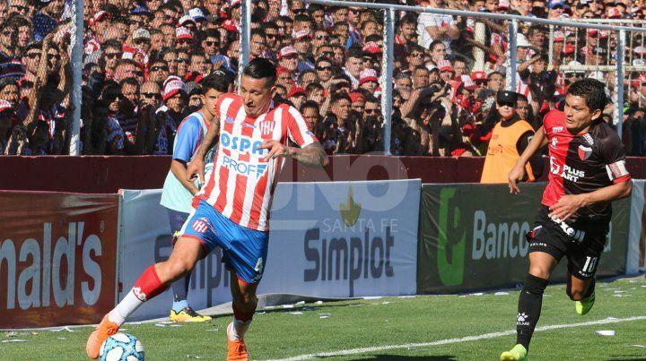 Martínez: Tenemos jugadores como para pelear arriba