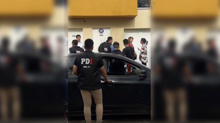 Los allanamientos fueron encabezados por la fiscal María Laura Urquiza