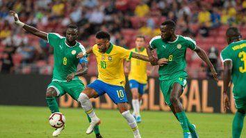 brasil empato con senegal en un partido especial para neymar