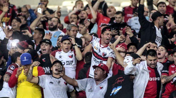 Los hinchas de Colón arrasaron con las entradas disponibles para la final de la Copa Sudamericana