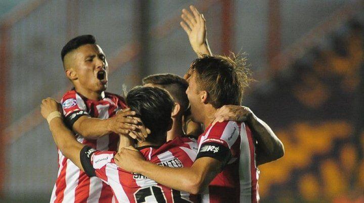 Estudiantes se metió en cuartos de Copa Argentina