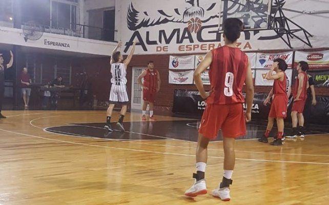 Almagro quedó en la cima de la A1 (B) en el Dos Orillas U19