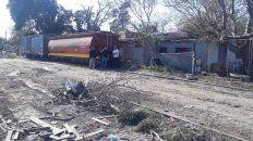 El último. El descarrilamiento se produjo sobre calle Güemes entre Pedro Díaz Colodrero y Gutiérrez. Un vagón golpeó contra una vivienda.