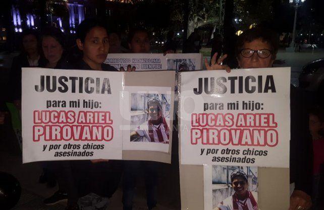 Los familiares reclamaron justicia en las marchas de las víctimas de la inseguridad.
