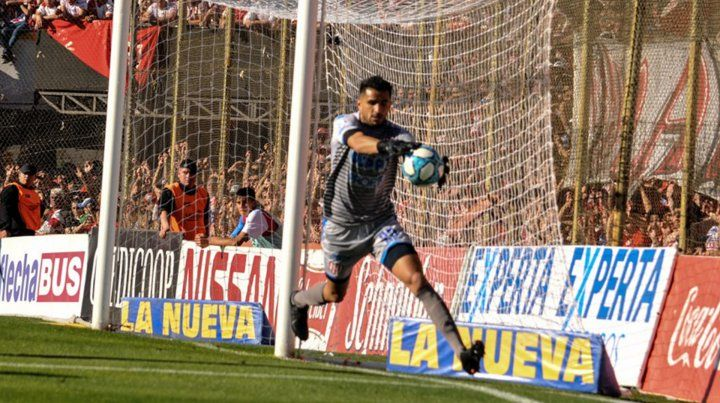 Sebastián Moyano, el mejor arquero de la 10ª fecha de la Superliga