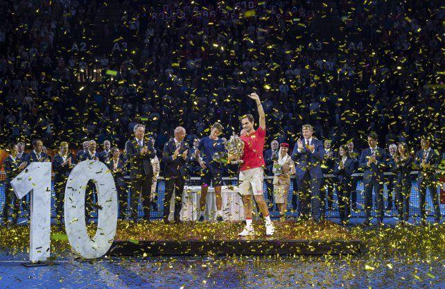 Roger Federer se quedó por 10ª vez con el ATP de Basilea