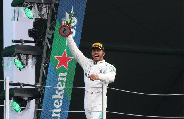 Hamilton se impuso en México y acaricia el título de F1