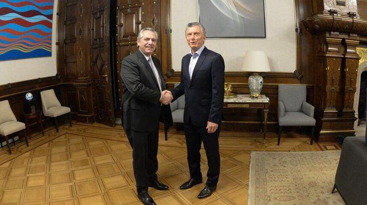 Alberto Fernández y Mauricio Macri se reunieron una hora a solas en Casa Rosada