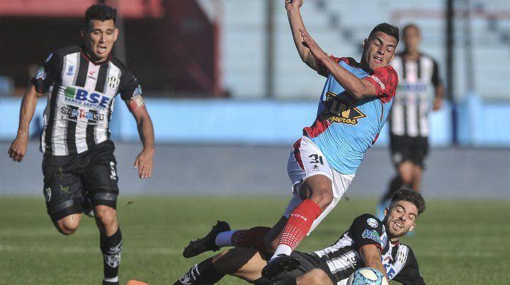 Arsenal y Central Córdoba animaron un entretenido empate
