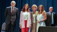 El lunes Amalia Granata recibió el diploma de diputada electa de la mano de la presidenta de la Corte Suprema de Justicia, María Angélica Gastaldi.