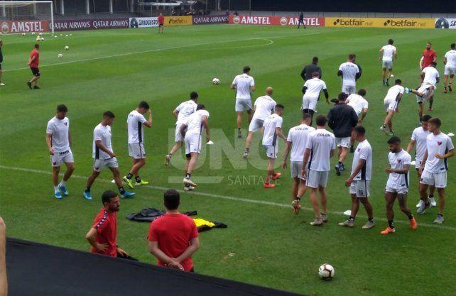 Colón afrontó el primer entrenamiento en Asunción con el equipo definido