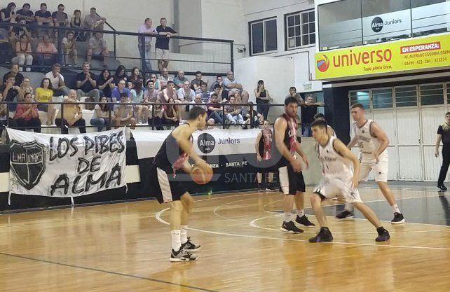 Alma Juniors quedó a un paso de jugar la final del Torneo Oficial