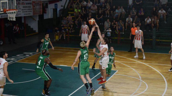 Unión batió a Rosario Basket y sigue imparable en la Liga Argentina